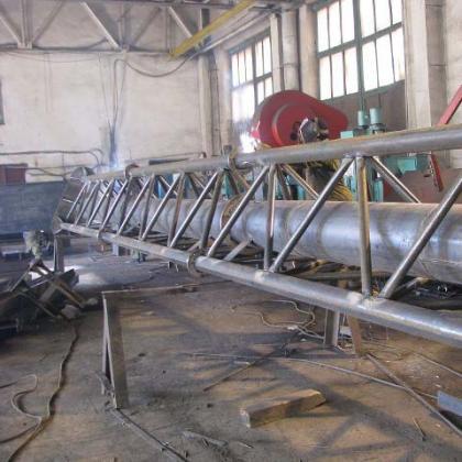 Фермовые (ферменные) самонесущие дымовые трубы на производстве